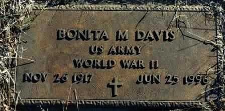 DAVIS, BONITA M   (VETERAN WWII) - Labette County, Kansas   BONITA M   (VETERAN WWII) DAVIS - Kansas Gravestone Photos