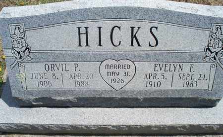 HICKS, EVELYN F - Montgomery County, Kansas   EVELYN F HICKS - Kansas Gravestone Photos