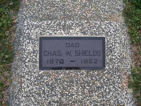 SHIELDS, CHARLES W - Montgomery County, Kansas | CHARLES W SHIELDS - Kansas Gravestone Photos