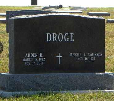 DROGE, ARDEN H   (VETERAN WWII) - Nemaha County, Kansas | ARDEN H   (VETERAN WWII) DROGE - Kansas Gravestone Photos
