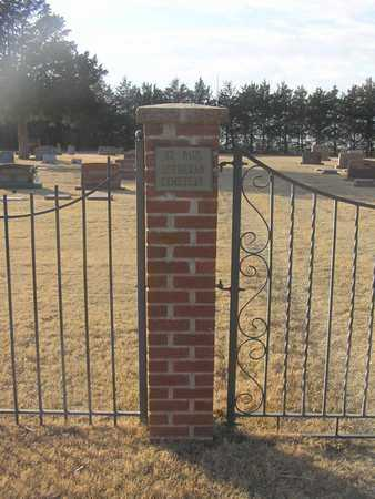 *GATE OVERVIEW, SAINT PAUL'S LUTHERAN CHURCH CEMETERY - Pratt County, Kansas | SAINT PAUL'S LUTHERAN CHURCH CEMETERY *GATE OVERVIEW - Kansas Gravestone Photos