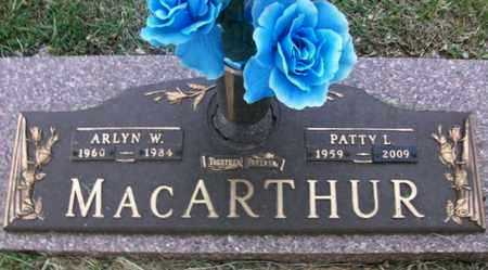 MACARTHUR, ARLYN WAYNE   (VETERAN) - Reno County, Kansas | ARLYN WAYNE   (VETERAN) MACARTHUR - Kansas Gravestone Photos