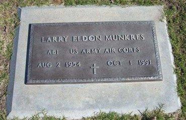 MUNKRES, LARRY ELDON   (VETERAN) - Stevens County, Kansas | LARRY ELDON   (VETERAN) MUNKRES - Kansas Gravestone Photos