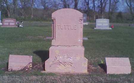 TUTTLE, ANGELO M  (VETERAN UNION) - Wilson County, Kansas | ANGELO M  (VETERAN UNION) TUTTLE - Kansas Gravestone Photos