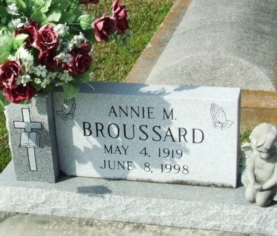 BROUSSARD, ANNIE M - Acadia County, Louisiana   ANNIE M BROUSSARD - Louisiana Gravestone Photos