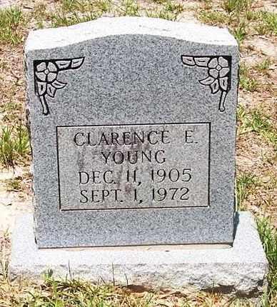 YOUNG, CLARENCE E - Allen County, Louisiana | CLARENCE E YOUNG - Louisiana Gravestone Photos