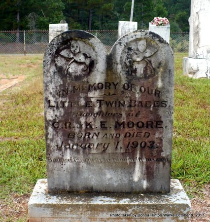 MOORE, INFANT TWIN DAUGHTERS - Bienville County, Louisiana | INFANT TWIN DAUGHTERS MOORE - Louisiana Gravestone Photos
