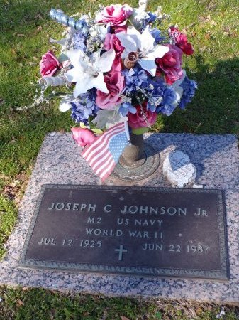 JOHNSON, JOSEPH C., JR (VETERAN WWII) - Bossier County, Louisiana | JOSEPH C., JR (VETERAN WWII) JOHNSON - Louisiana Gravestone Photos
