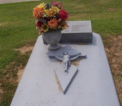 BOURQUE, MARIE ANTOINETTE - East Baton Rouge County, Louisiana   MARIE ANTOINETTE BOURQUE - Louisiana Gravestone Photos
