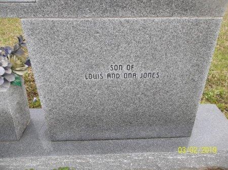 JONES, JAMES LOUIS (BACK RIGHT) - Franklin County, Louisiana   JAMES LOUIS (BACK RIGHT) JONES - Louisiana Gravestone Photos