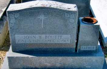 BOUTTE, JOHN W - Iberia County, Louisiana | JOHN W BOUTTE - Louisiana Gravestone Photos
