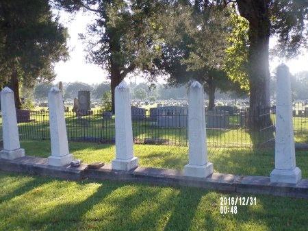 MOORE, FAMILY PLOT - Ouachita County, Louisiana | FAMILY PLOT MOORE - Louisiana Gravestone Photos