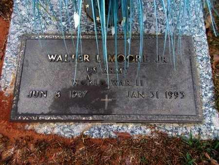 MOORE, WALTER L, JR (VETERAN WWII) - Ouachita County, Louisiana   WALTER L, JR (VETERAN WWII) MOORE - Louisiana Gravestone Photos