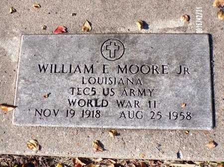 MOORE  , WILLIAM E, JR  (VETERAN WWII) - Ouachita County, Louisiana | WILLIAM E, JR  (VETERAN WWII) MOORE   - Louisiana Gravestone Photos