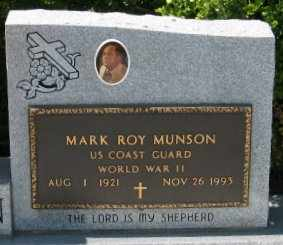 MUNSON, MARK ROY (VETERAN WWII) - Pointe Coupee County, Louisiana   MARK ROY (VETERAN WWII) MUNSON - Louisiana Gravestone Photos
