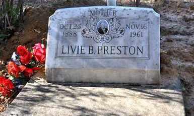 PRESTON, LIVIE B - Sabine County, Louisiana   LIVIE B PRESTON - Louisiana Gravestone Photos