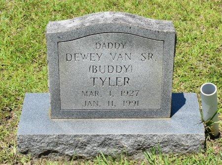 TYLER, DEWEY VAN, SR - Sabine County, Louisiana | DEWEY VAN, SR TYLER - Louisiana Gravestone Photos
