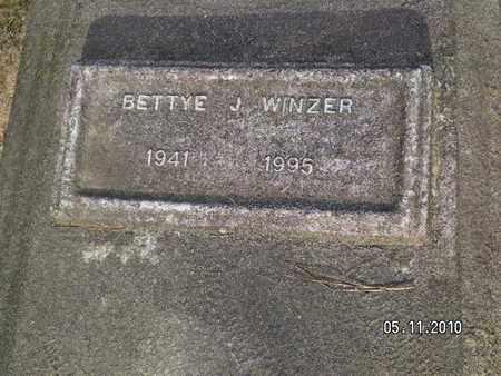 WINZER, BETTYE J - Sabine County, Louisiana | BETTYE J WINZER - Louisiana Gravestone Photos