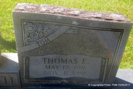 CARRUTH, THOMAS E  (CLOSEUP) - St. Helena County, Louisiana   THOMAS E  (CLOSEUP) CARRUTH - Louisiana Gravestone Photos