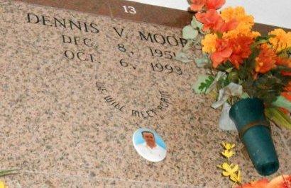 MOORE, DENNIS V - St. James County, Louisiana | DENNIS V MOORE - Louisiana Gravestone Photos