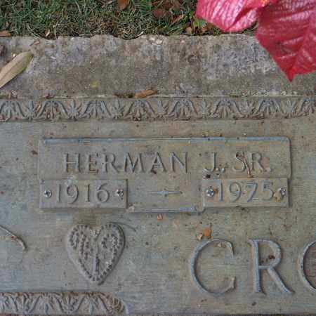 CROCHET, HERMAN J, SR  (CLOSE-UP) - St. Tammany County, Louisiana   HERMAN J, SR  (CLOSE-UP) CROCHET - Louisiana Gravestone Photos