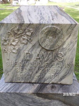 DAVIS, SHERWOOD E - St. Tammany County, Louisiana   SHERWOOD E DAVIS - Louisiana Gravestone Photos