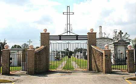 *GATE AND ENTRANCE, . - Terrebonne County, Louisiana   . *GATE AND ENTRANCE - Louisiana Gravestone Photos