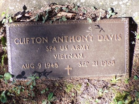 DAVIS , CLIFTON ANTHONY (VETERAN VIET) - Union County, Louisiana | CLIFTON ANTHONY (VETERAN VIET) DAVIS  - Louisiana Gravestone Photos