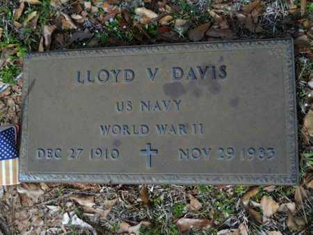 DAVIS, LLOYD V (VETERANWWII) - Union County, Louisiana   LLOYD V (VETERANWWII) DAVIS - Louisiana Gravestone Photos