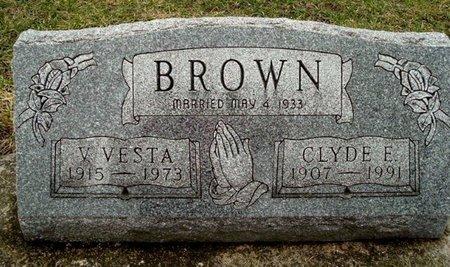 BROWN, V. VESTA - Calhoun County, Michigan | V. VESTA BROWN - Michigan Gravestone Photos