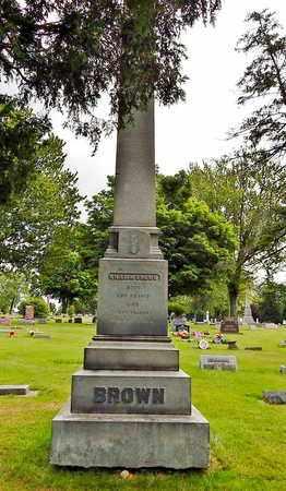 BROWN, WILLIAM FAMILY MONUMENT - Calhoun County, Michigan   WILLIAM FAMILY MONUMENT BROWN - Michigan Gravestone Photos