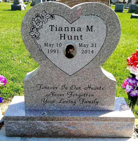 HUNT, TIANNA M - Calhoun County, Michigan   TIANNA M HUNT - Michigan Gravestone Photos
