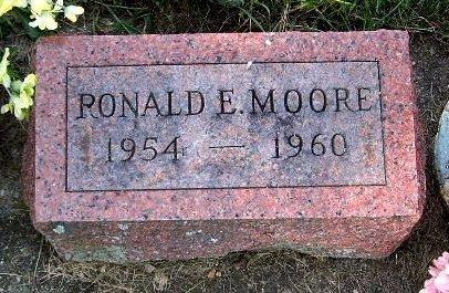 MOORE, RONALD E - Calhoun County, Michigan   RONALD E MOORE - Michigan Gravestone Photos