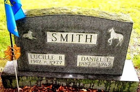 SMITH, LUCILLE B - Calhoun County, Michigan | LUCILLE B SMITH - Michigan Gravestone Photos