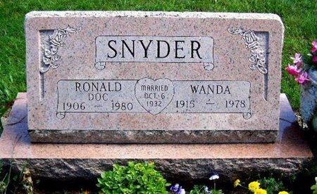 SNYDER, WANDA - Calhoun County, Michigan | WANDA SNYDER - Michigan Gravestone Photos