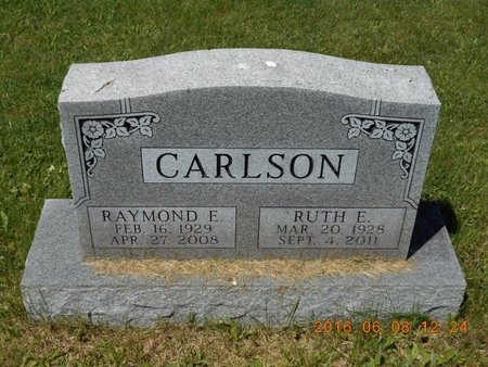 CARLSON, RAYMOND E. - Marquette County, Michigan | RAYMOND E. CARLSON - Michigan Gravestone Photos