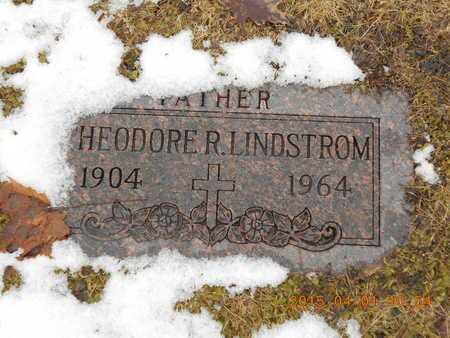 LINDSTROM, THEODORE R. - Marquette County, Michigan | THEODORE R. LINDSTROM - Michigan Gravestone Photos