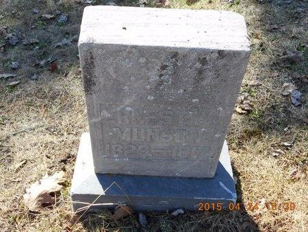 MUNSON, ERNEST W. - Marquette County, Michigan   ERNEST W. MUNSON - Michigan Gravestone Photos
