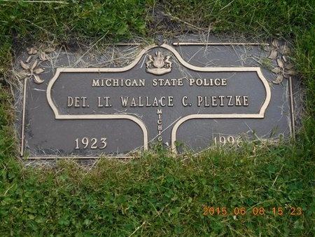PLETZKE, DET. LT. WALLACE C. - Marquette County, Michigan | DET. LT. WALLACE C. PLETZKE - Michigan Gravestone Photos
