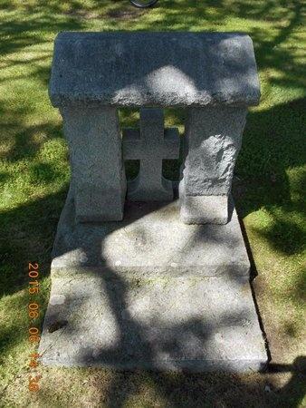 QUARTERS, FAMILY - Marquette County, Michigan | FAMILY QUARTERS - Michigan Gravestone Photos