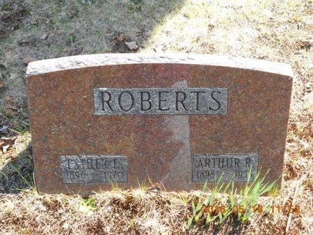 ROBERTS, ARTHUR R. - Marquette County, Michigan | ARTHUR R. ROBERTS - Michigan Gravestone Photos