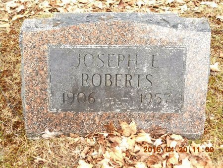 ROBERTS, JOSEPH E. - Marquette County, Michigan | JOSEPH E. ROBERTS - Michigan Gravestone Photos