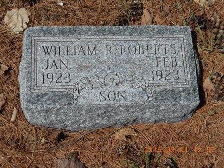 ROBERTS, WILLIAM R. - Marquette County, Michigan   WILLIAM R. ROBERTS - Michigan Gravestone Photos