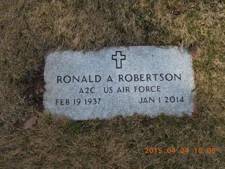 ROBERTSON, RONALD ALBIN - Marquette County, Michigan | RONALD ALBIN ROBERTSON - Michigan Gravestone Photos