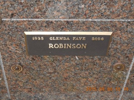 ROBINSON, GLENDA FAYE - Marquette County, Michigan | GLENDA FAYE ROBINSON - Michigan Gravestone Photos