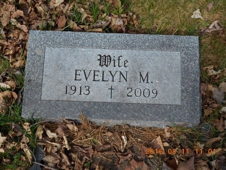 SMITH, EVELYN M. - Marquette County, Michigan   EVELYN M. SMITH - Michigan Gravestone Photos