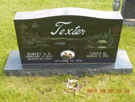 TEXTER, LINDA M. - Marquette County, Michigan | LINDA M. TEXTER - Michigan Gravestone Photos