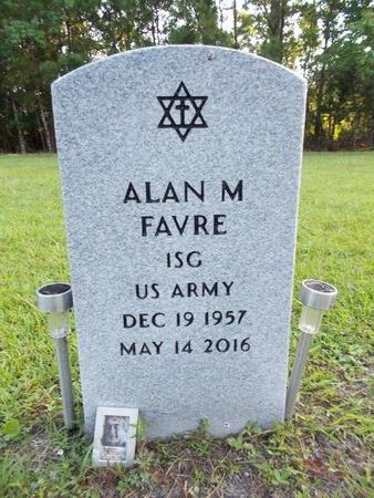 FAVRE (VETERAN), ALAN M (NEW) - Hancock County, Mississippi | ALAN M (NEW) FAVRE (VETERAN) - Mississippi Gravestone Photos