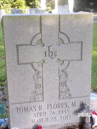 FLORES, MD, TOMAS R - Hancock County, Mississippi | TOMAS R FLORES, MD - Mississippi Gravestone Photos