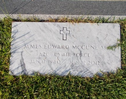 MCCUNE (NEW), JAMES EDWARD, SR (VETERAN) - Hancock County, Mississippi | JAMES EDWARD, SR (VETERAN) MCCUNE (NEW) - Mississippi Gravestone Photos